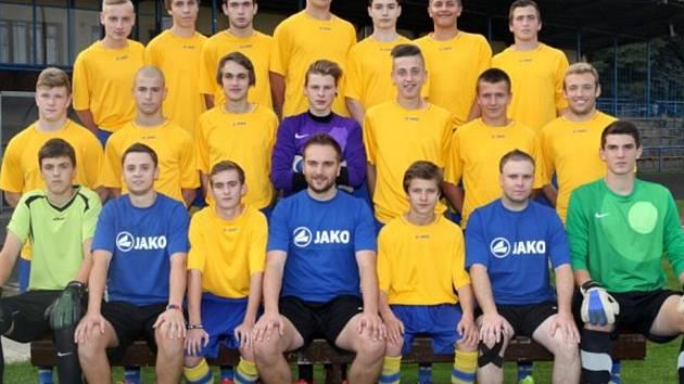 Starší dorost FK Neratovice/Byškovice odehrál podzim v krajském přeboru s bilancí devíti výher, dvou remíz a čtyř porážek (skóre 44:23). Patří mu za to průběžné druhé místo.