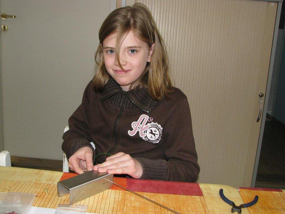 Spirálkování a korálkování v kralupském Domě dětí a mládeže