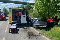 Z nehody osobního auta u Cítova 16. května 2021.