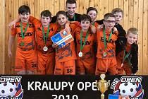 Jednu z kategorií Kralupy open 2019 vyhráli mladí florbalisté z klubu Wizards DDM Praha.