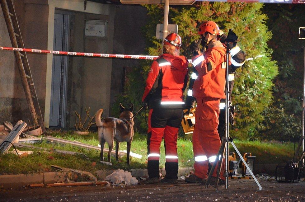 Z exploze bytového domu v Tursku 28. října 2020.