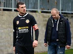 Bez kapitána Marka Wolfa, který si bude odpykávat disciplinární trest, odehrají fotbalisté Kutné Hory příštích sedm zápasů v divizi.