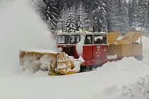 Sněhová fréza na kolejích. Ilustrační foto.
