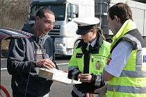 Dálnici D8 kontrolovali dálniční policisté z Nové Vsi.