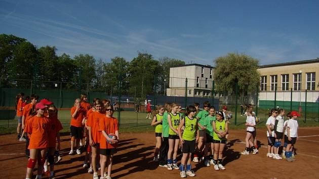 V Mělníku vyvrcholila série přátelských volejbalových turnajů mladších žákyň