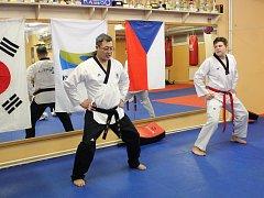 Že Taekwondo není jen sport, ale opravdické umění předvedl Mistr Lee nejen mělnickým bojovníkům, ale i přihlížejícím divákům.