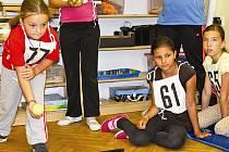 Školní atletická olympiáda na ZŠ Mlazice.