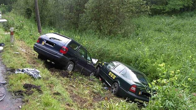 Hromadná dopravní nehoda v Želízích.