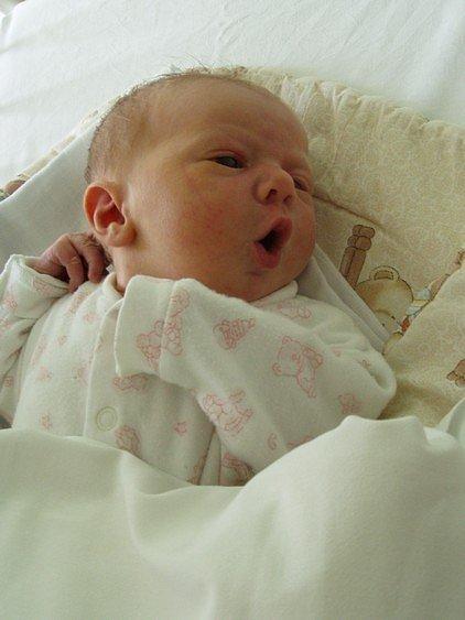 Anežka Hildebrandová se rodičům Janě Kalachové a Romanu Hildebrandovi z Kralup nad Vltavou narodila 8. února 2008, vážila 3,30 kg a měřila 48 cm.
