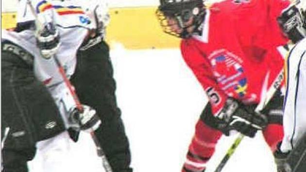 Kanadský výběr Western Canadian Select Wolves otestoval mělnický led v úterním přátelském zápase se Spartou. Pražané udělili soupeři lekci a vyhráli vysoko 7:1.