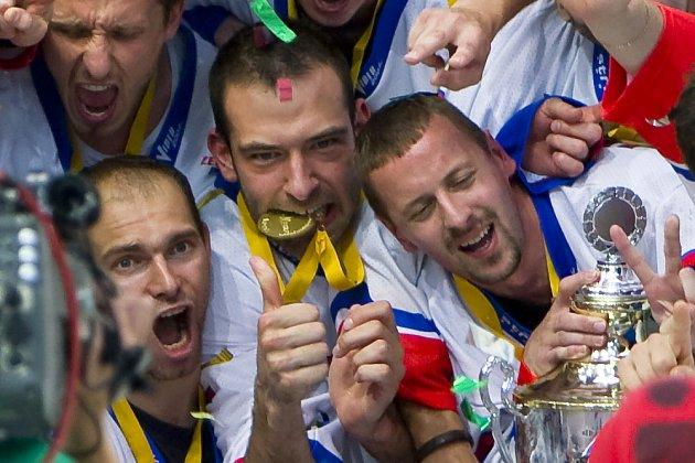 Kralupský hokejbalista Jan Střeska vybojoval v dresu českého národního týmu titul mistra světa.