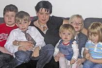 Barbora Benešová s dětmi.