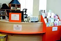 Dětské oddělení najdou malí čtenáři v zadní části knihovny v prostoru bývalého informačního centra.