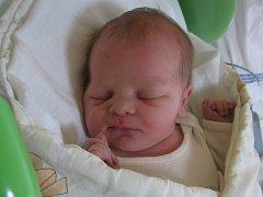 Eliška Křemenáková se rodičům Lence Sadákové a Adamu Křemenákovi z Mělníka narodila v mělnické porodnici 19. září 2013, vážila 3,43 kg a měřila 50 cm. Na sestřičku se těší 2,8letá Bára.