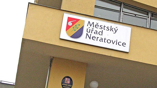 Městský úřad Neratovice.