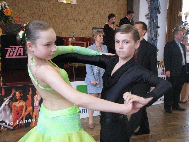 Do Neratovic přijeli soutěžit tanečníci z celé České republiky