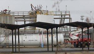 Ve čtvrtek došlo k výbuchu v chemičce Synthos při čištění nádrže. Zahynulo šest dělníků.