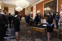 Prezident Miloš Zeman jmenoval 19. května 2021 na Pražském hradě nové soudce.