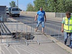 Rozsáhlý výpadek elektřiny v Kralupech trval hodinu a dvacet minut.
