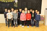 Prvňáčci ze Základní školy Chvatěruby, třídní učitelka Miroslava Moravcová.