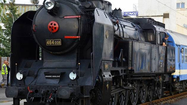 """Parní lokomotiva """"Bulík""""."""