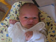 Adam Valla se rodičům Evě Pšeničné a Jakubu Vallovi z Kel narodil v mělnické porodnici 21. listopadu 2013, vážil 3,75 kg a měřil 51 cm. Na brášku se těší 13letý Jakub a 14letý Jindřich.