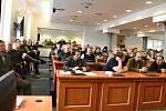 Lesnický seminář věnovaný boji s kůrovcem, který ve středu uspořádal odbor životního prostředí Krajského úřadu Středočeského kraje, se setkal s mimořádným – a po pravdě až nečekaným – ohlasem.