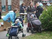 Místní knihovna pořádala v sobotu 13. dubna jarní jarmark.