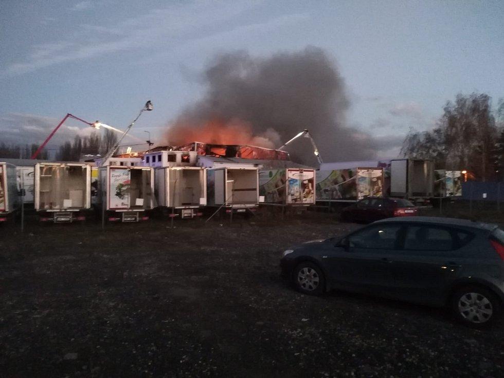 Požár haly firmy NOWACO 19.listopadu 2020.