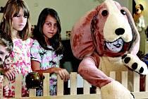 Alík Balík provedl návštěvníky mělnického muzea výstavou HAFani! a děti si pak pod jeho dohledem vyrobily v tvořivé dílně dřevěného pejska.