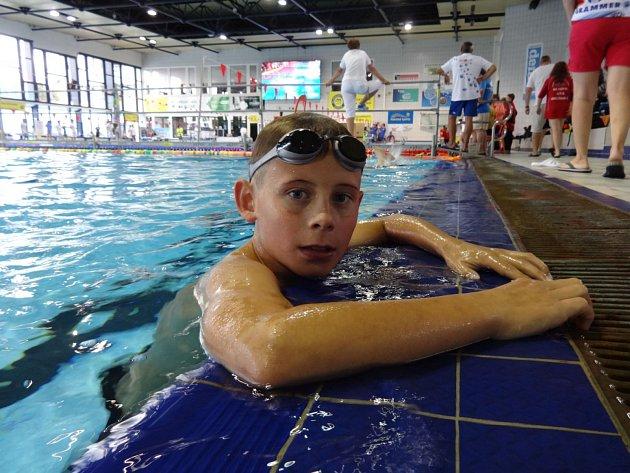 Adam Zloský je plavcem z Mělníka. V Česku patří k vůbec těm nejnadějnějším.