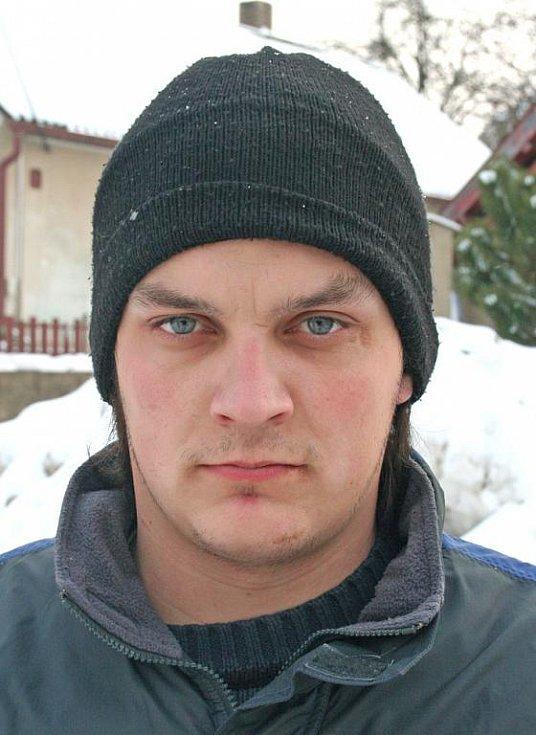 Jakub Zima, Chvatěruby: Že by se mělo stavět letiště, se mi nelíbí. Hlavně kvůli tomu, že by to úplně narušilo zdejší prostředí. Všichni se bojíme také velkého hluku.