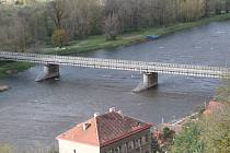 Most Josefa Straky.