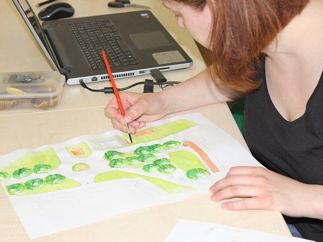 Studie a projekty žáků vyšší odborné školy vzdělávacího programu Zahradní a krajinná tvorba představuje právě otevřená výstava ve vstupních prostorech Regionálního muzea Mělník.