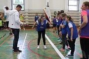 Děti sportovaly s olympionikem Jiřím Beranem.