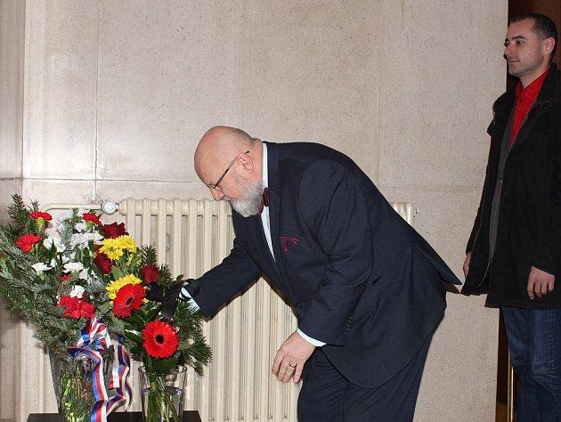 V Mělníku vzpomínali na oběti komunistického režimu.