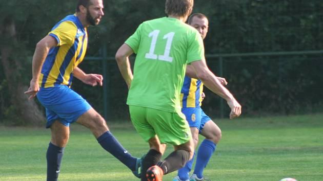 AGRO CS Pohár SKFS, 1. kolo: Byšice - Lysá n. L. (v zeleném)