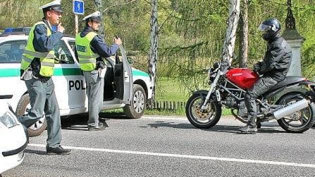Letošní časté kontroly otrávily některé motorkáře natolik, že přestali na vyhlášenou trasu jezdit úplně.