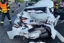 Z dopravní nehody na dálnici D8 3. července 2021.