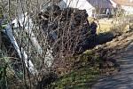 Dopravní nehoda cisterny s betonem v Olovnici.