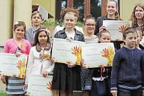 Žáci mšenské základní umělecké školy si z Lidic přivezli řadu medailí a čestných uznání.