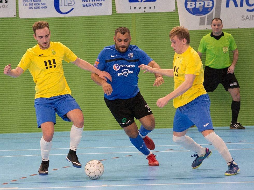Mělnický Josef Gabčo se v závěru utkání s Ostravou prosadil hned třikrát.