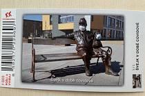 Zájemci si mohou v infocentru Městského úřadu Kralupy nad Vltavou zakoupit nový stolní kalendář a speciální turistickou známku.