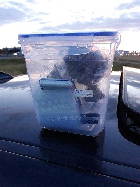 Auto s marihuanou pomohla vyhmátnout chytrá kamera.