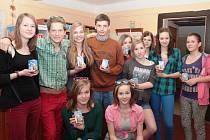 Osmáci z mšenské základní školy mají mléko rádi.