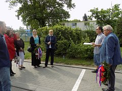 Uctění památky obětem leteckého náletu na chemický závod Spolana 22. března 1945.