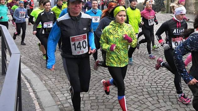 Čtvrtého ročníku Boreckého půlmaratonu se zúčastnilo skoro 4000 běžců.