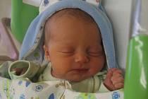 Jakub Jan Chmelař se narodil v mělnické porodnici 8. října 2016, vážil 3,50 kg a měřil 52 cm.