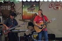 Country festival v Jazzové zahradě na Staré štaci již osmým rokem přivítal velké množství diváků a posluchačů kvalitní country hudby.