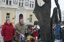 Setkání u památníku Pocta Janu Palachovi 19. ledna 2010.